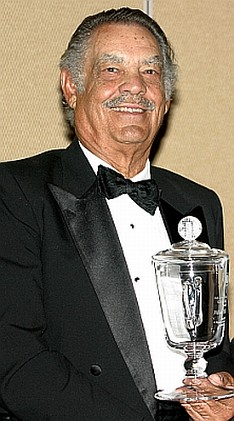 Bill Dickey with AAGHOF award-2006